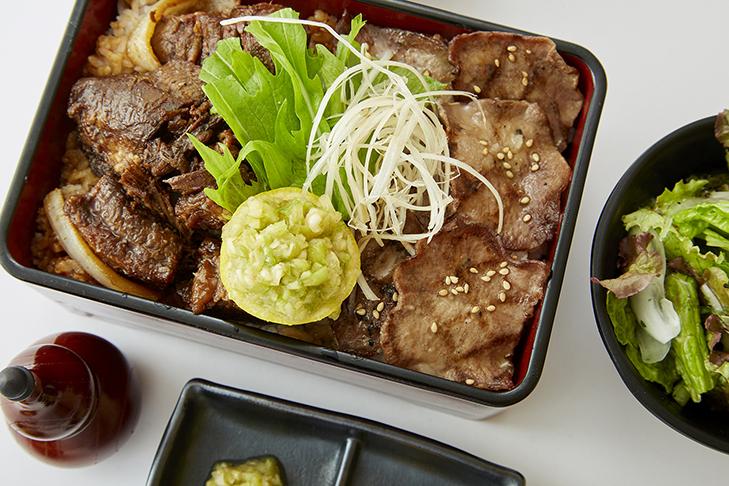 牛めし・肉丼 昭和大衆ホルモン みのおキューズモール店